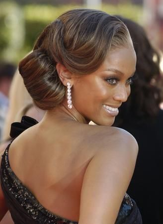 Pleasing Wedding Hairstyles For Black Women That Will Turn Heads Hairstyle Inspiration Daily Dogsangcom