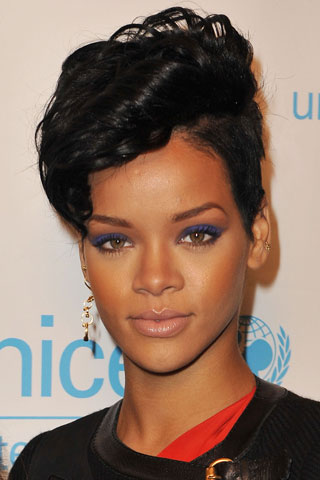 Rihanna Hairstyles rihanna hairstyles 2shaved Side With Faucet Curls