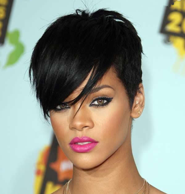 Peachy 25 Most Iconic Rihanna Hairstyles And Haircuts Short Hairstyles For Black Women Fulllsitofus