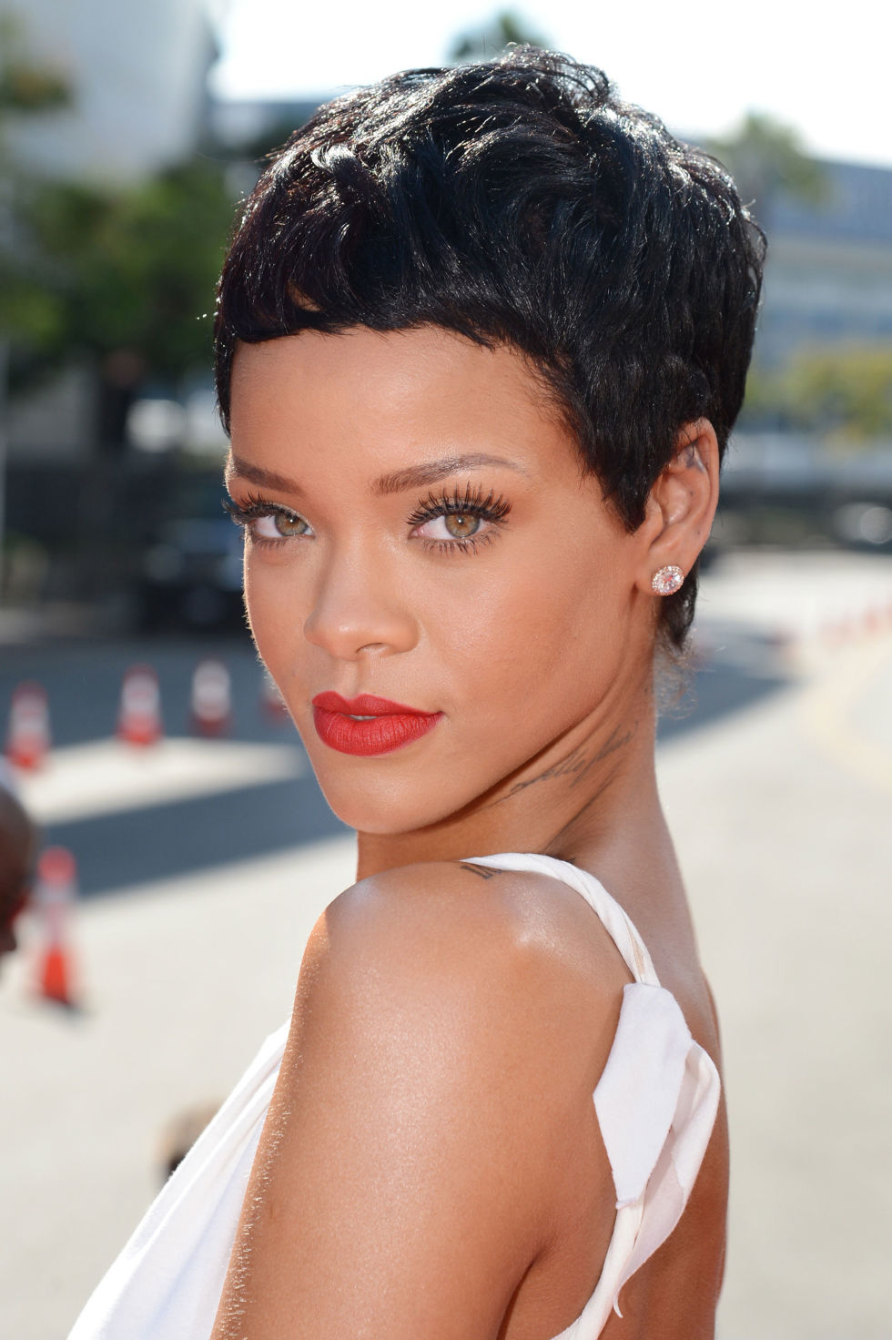 Admirable Chic And Beautiful Short Hairstyles For Women Over 50 Short Hairstyles For Black Women Fulllsitofus