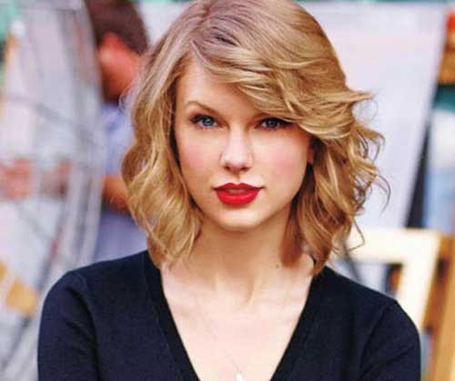 20 best short haircuts for fine hair fine short hairstyles 35wavy bob urmus Gallery