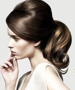 25 chic and cute homecoming hairstyles this is a great style choice if youre looking for elegant and easy homecoming and prom hairstyles for long hair if youre a fan of the ponytail urmus Images