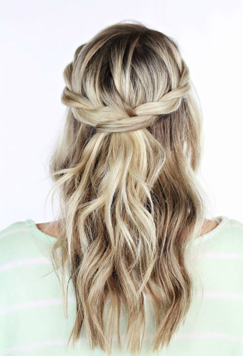 Gorgeous Mother Of The Bride Hairstyles - Wedding hairstyle upstyle