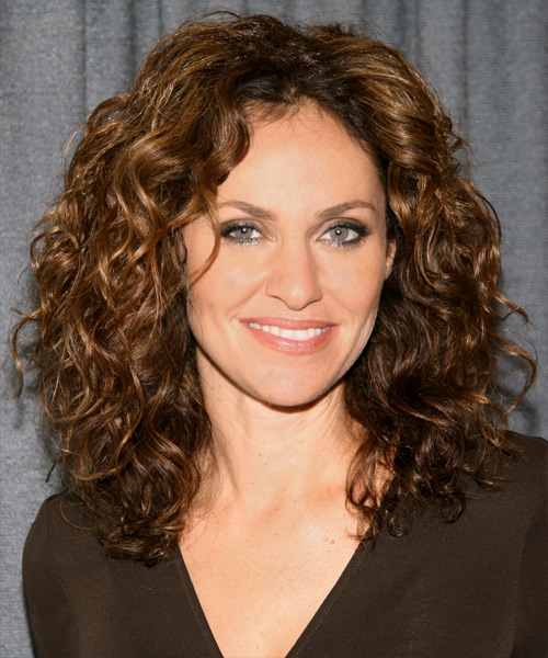 Chic Amp Trendy Hairstyles For Women Over 40 Part 15