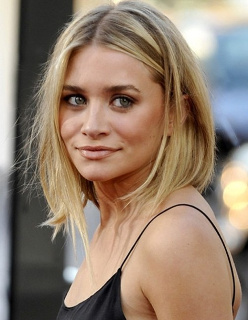 30 fabulous haircuts for thin hair besides how its cut this style uses strategically placed highlights to create added depth pmusecretfo Choice Image