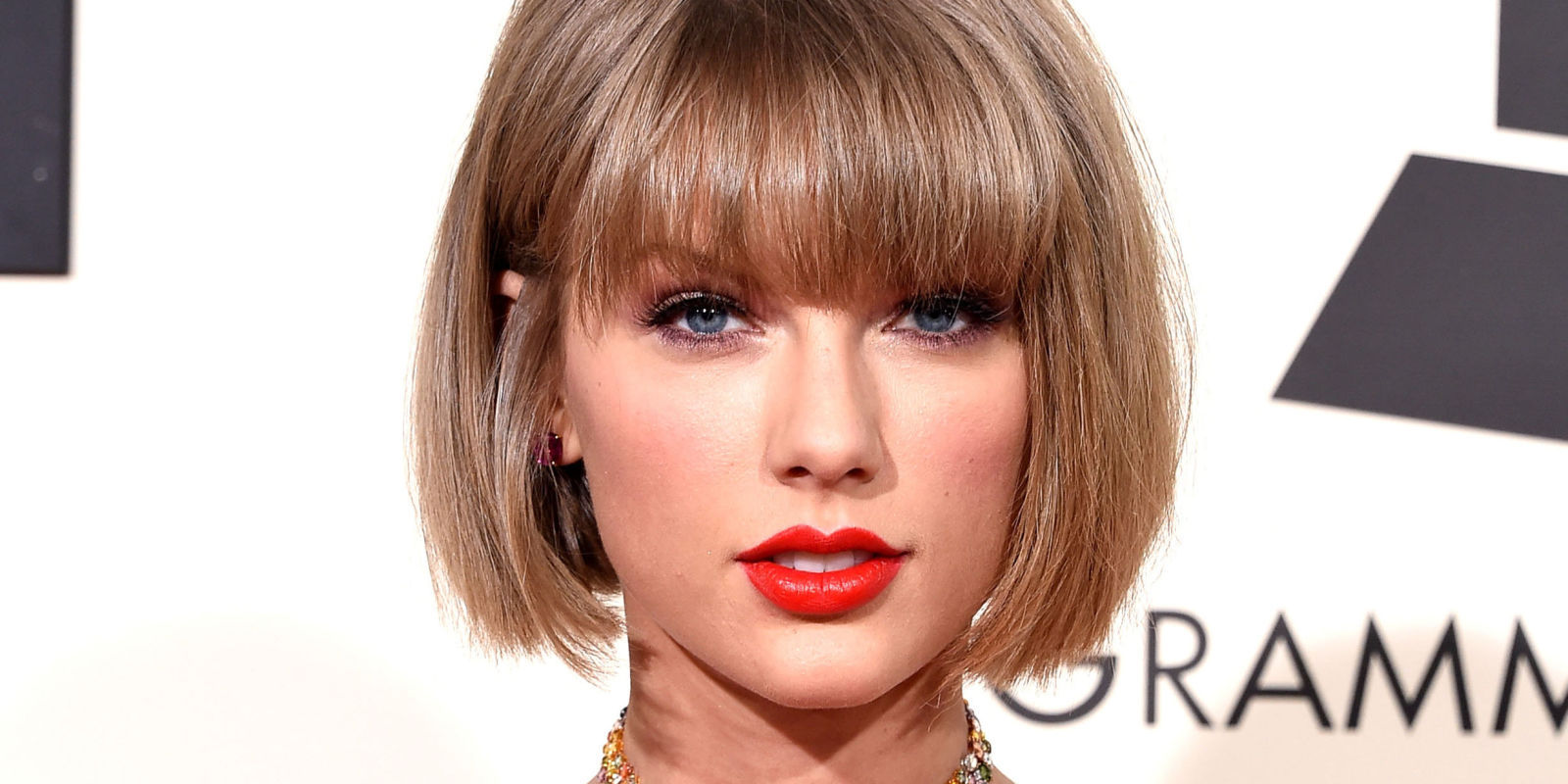 Taylor swift hairstyles with bangs for prom