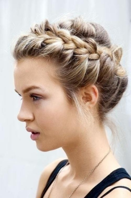 Perfect For Brides Who Are Looking A Unique Hairstyle They Wouldnt Normally Wear This Crown Braid Is Also Good Choice Bridesmaids Or Flower