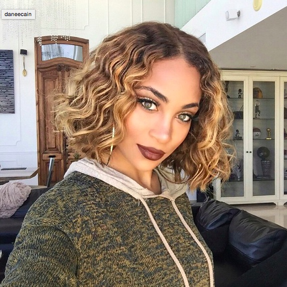 20 Chic And Beautiful Curly Bob Hairstyles We Adore Part 3