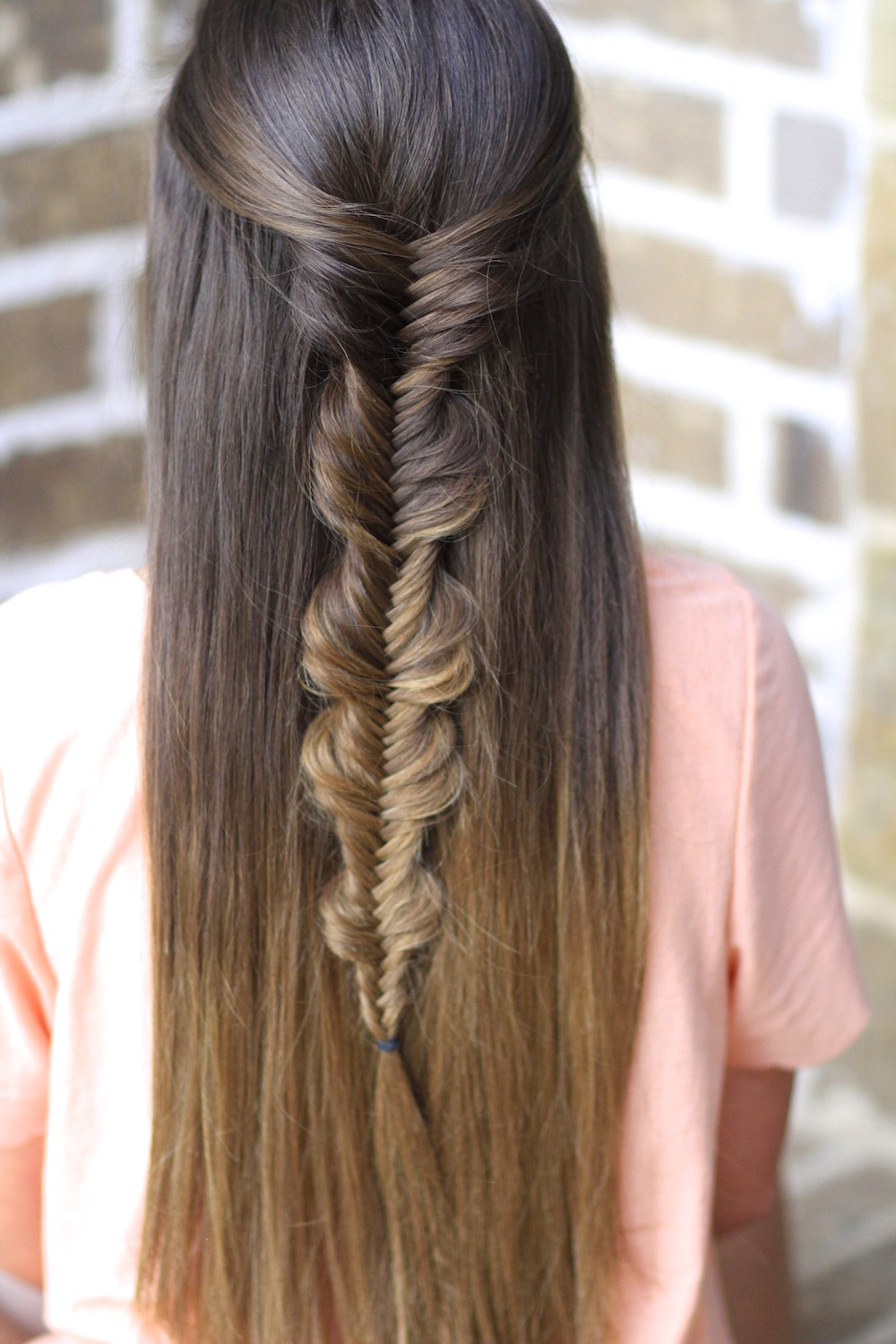 How To Fishtail Braid Super Easy Fishtail Braid Tutorial