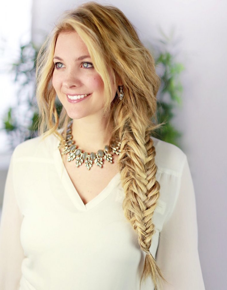 How To Fishtail Braid | Super Easy Fishtail Braid Tutorial