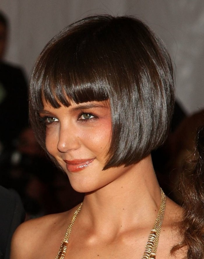 Flirty Flapper Hairstyles For The Best Vintage Glam Looks - Short hair bob bangs