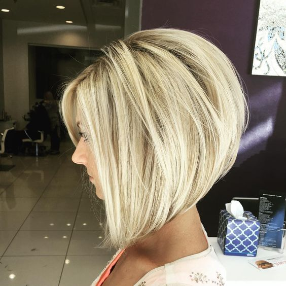 30 stacked bob haircuts for sophisticated short haired women with maximum volume all around this glamorous stacked bob looks like a short haired version of a big southern belle hairstyle urmus Choice Image