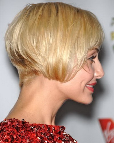 This Super Short Bob Looks Like A 20s Inspired Vintage Style But Textured Ends And Stacked Layers At The Back Give It Modern Wearability
