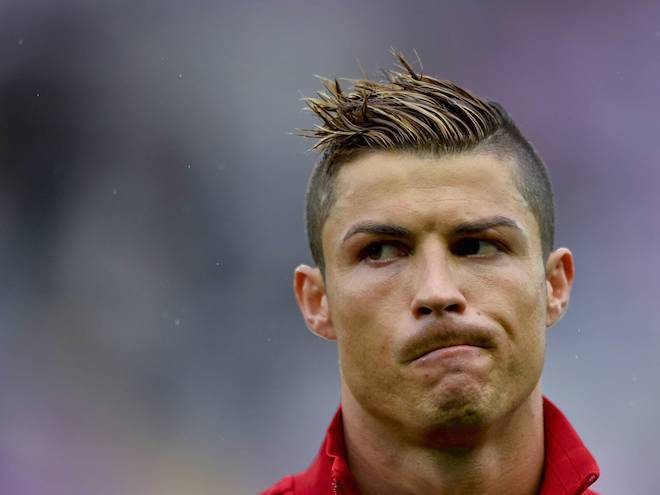 Cristiano Ronaldo Hairstyles cristiano ronaldo haircut This Cristiano Ronaldo Haircut Features The Longer Hair On Top And Closely Undercut Sides That Are So Trendy In Mens Hair Right Now But The Side Swept