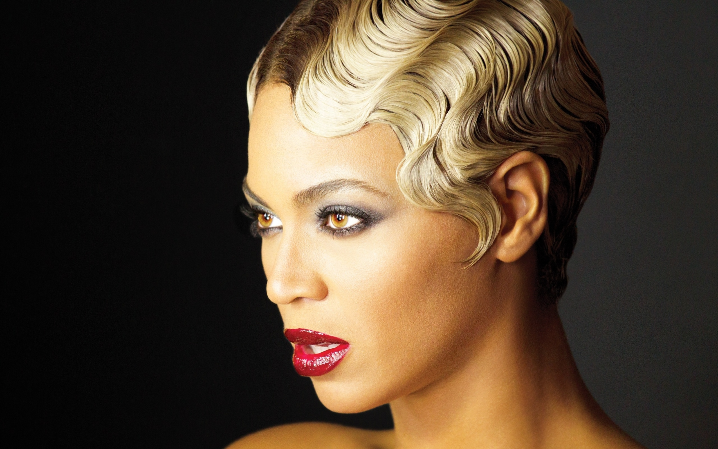 30 Glamorous Finger Wave Styles For Any Hair Length