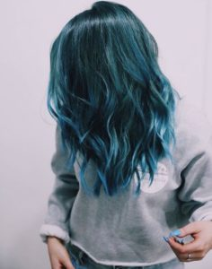 teal hair with blue ombre