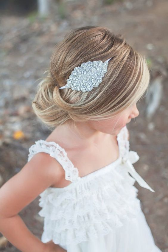 Cute Fancy Flower Girl Hairstyles For Every Wedding