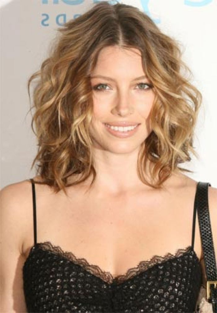 mid length wavy hair styles 25 hairstyles for hair 6956