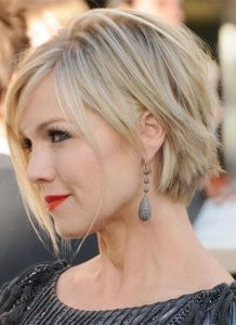 30 Gorgeous Short Haircuts for Round Faces