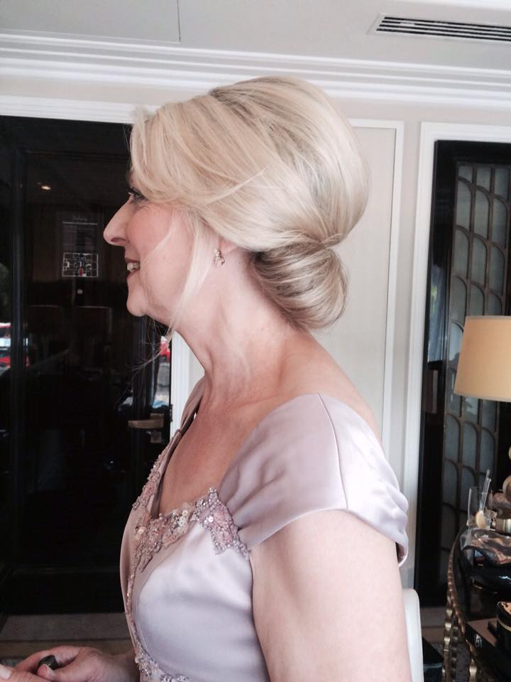 22 Gorgeous Mother Of The Bride Hairstyles