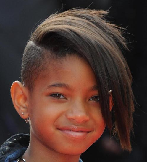 Kids Are Often Much More Fearless With Their Style And Fashion Choices Even At A Young Age Willow Smith Was The Forefront Of Trends Like Undercut