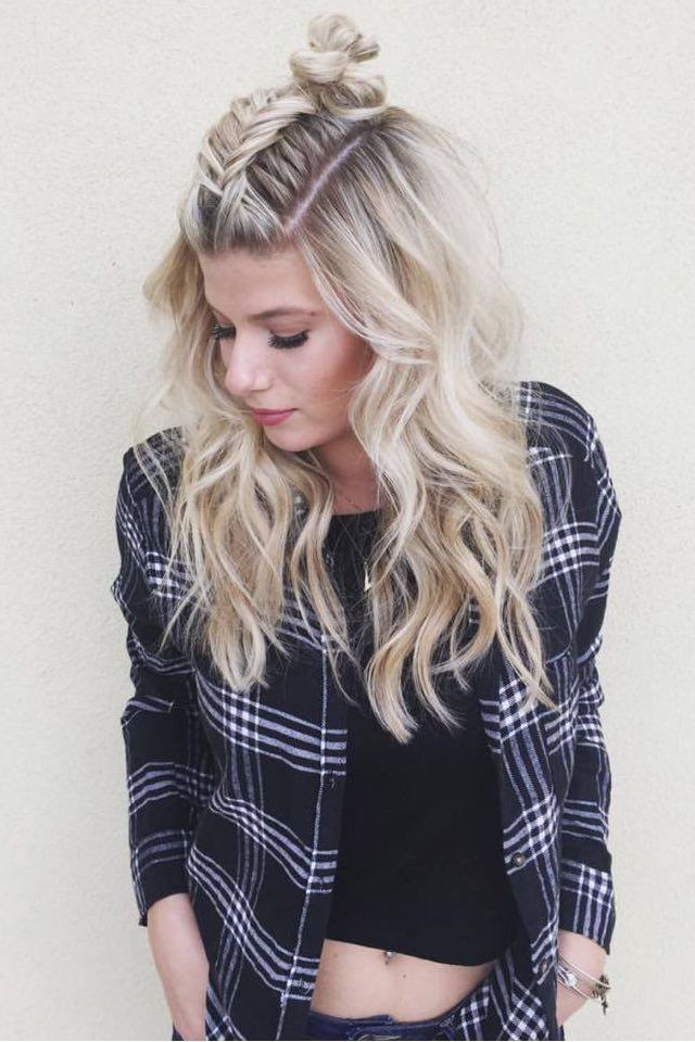 If You Want To Put Your Long Blonde Hair Half Up In A Laid Back Style That  Can Still Grab Attention, Try This Fishtail Style French Braid To Pull  Bangs Away ...
