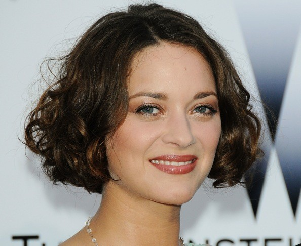 Hair Styles For Brown Hair: 20 Chic And Beautiful Curly Bob Hairstyles We Adore