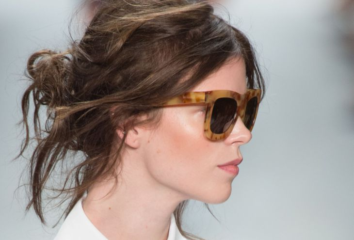 30 Easy and Chic Messy Hairstyles And Updos