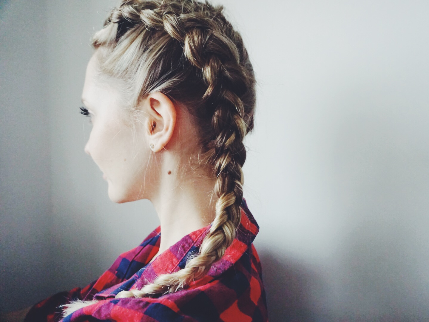 How To Do A Dutch Braid Super Easy Dutch Braid Tutorial
