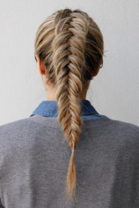 inverted fishtail braid