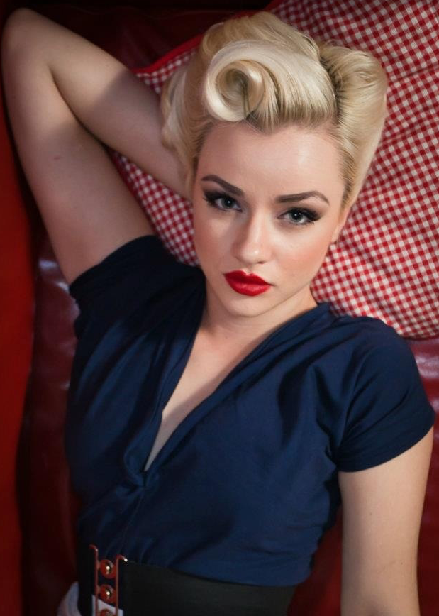 Pin up hairstyles for long hair | The Fashion Styles