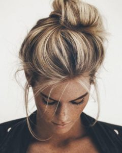 loose casual bun