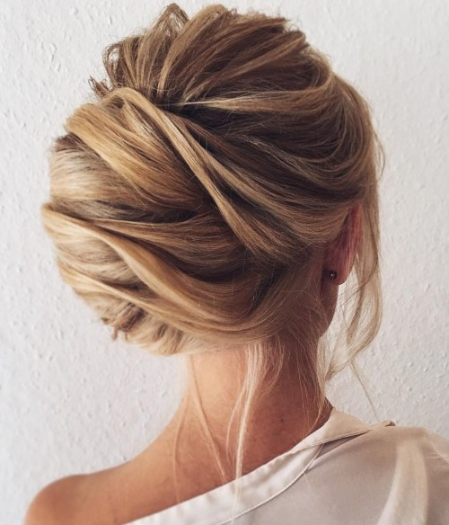 60 Trendy Latest Easy Hair Updos To Look Stunning This: 50 Beautiful Easy Updos For Trendy Long Haired Ladies