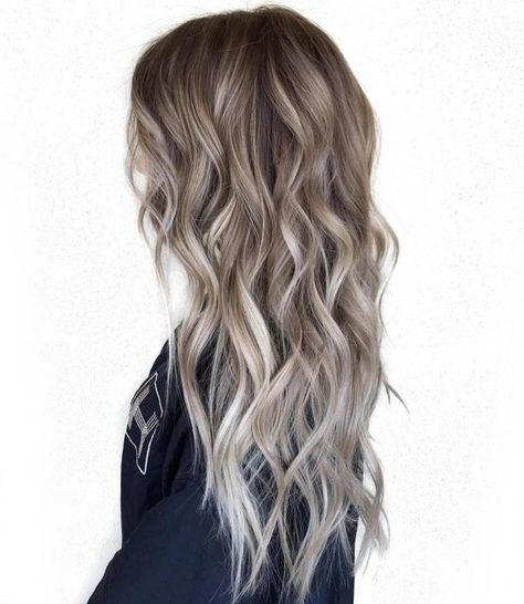 Brunette balayage cool