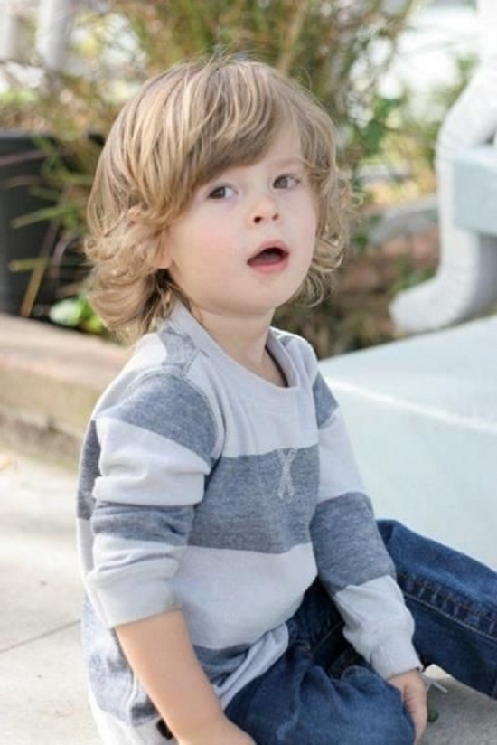 If You Want A Longer Haircut For Your Toddler To Show Off His Curls And Waves Try Adding Face Framing Fringe Keep Hair Out Of Eyes