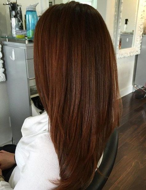 Many People Would Simply Call This Hair Color Brunette But It S Very Gentle Red Tones Make A Sneaky Shade Of Auburn And Great Way To Test Drive The