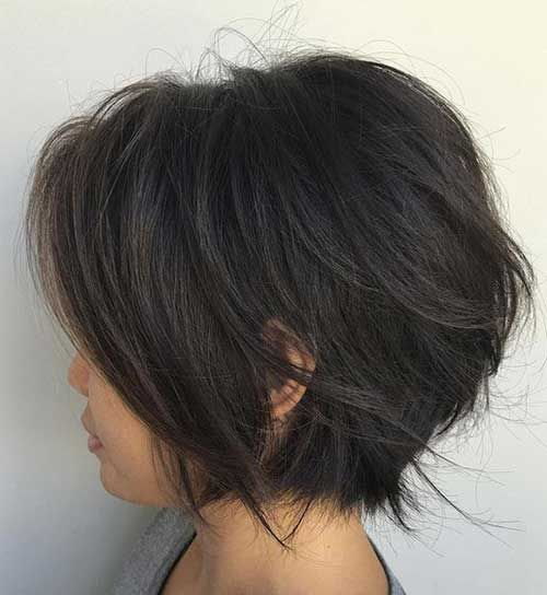 The Wispy Flicked Layers In This Bob Haircut Are Concentrated Around Back Of Head Making For A Relatively Low Maintenance Style That Thick Haired