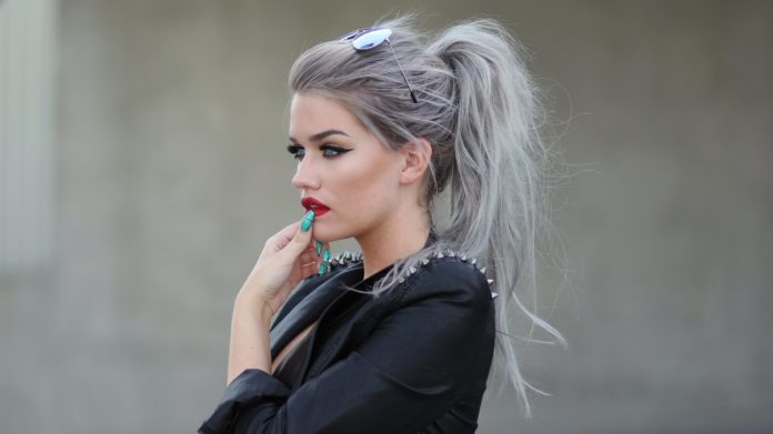silver hair dye styles