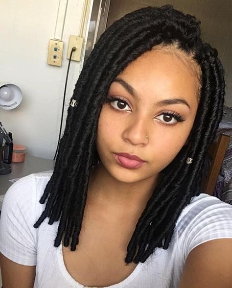 35 Short Faux Locs And Protective Goddess Locs Styles-3442