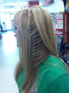 peekaboo ladder braid