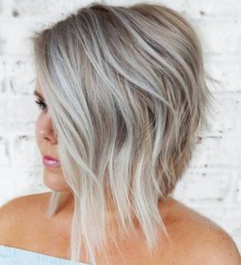 Stunning A-Line Hairstyle for Plus Size Women