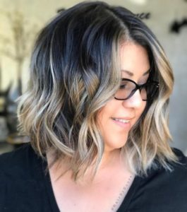 Balayage Hairstyle for Plus Size Women