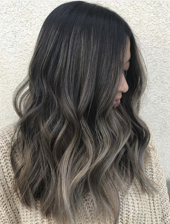 Black Hair With Highlights Looks