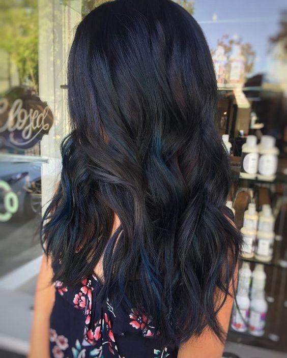 dark midnight blue hair black hair with highlights looks