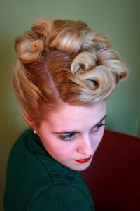 Classic 1940s Up-Do for Short Hair