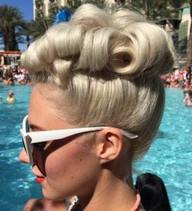 Upright Pin Curls in Short Hair