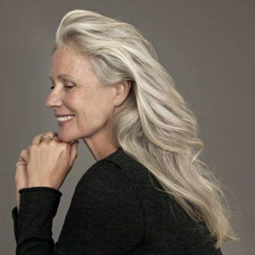 30 Fabulous Hairstyles For 50 Year Old Woman With Glasses