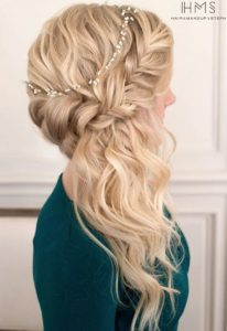 Halo Braid with Side Swept Waves