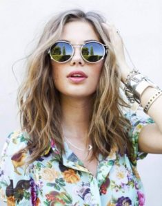Effortless Golden Brown Beachy Waves