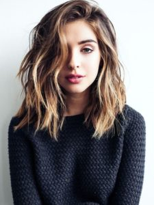 Side-Parted Lob with Beachy Waves
